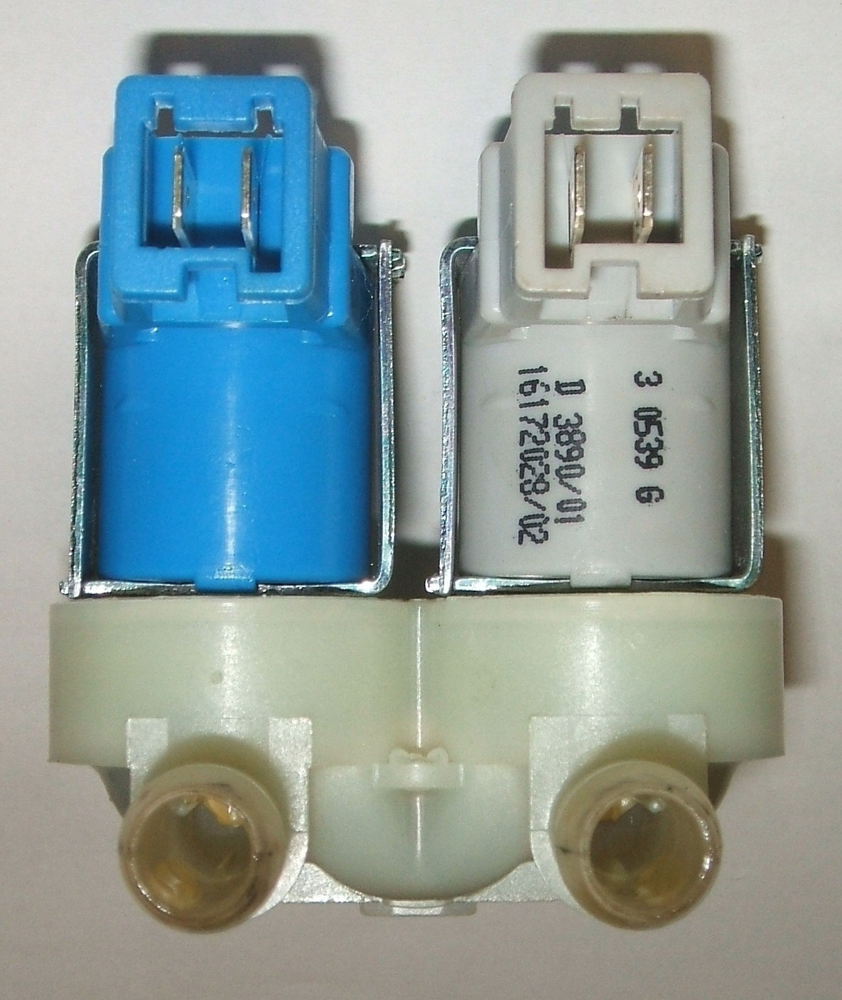 2x COLD VALVE -AMP tag connector type